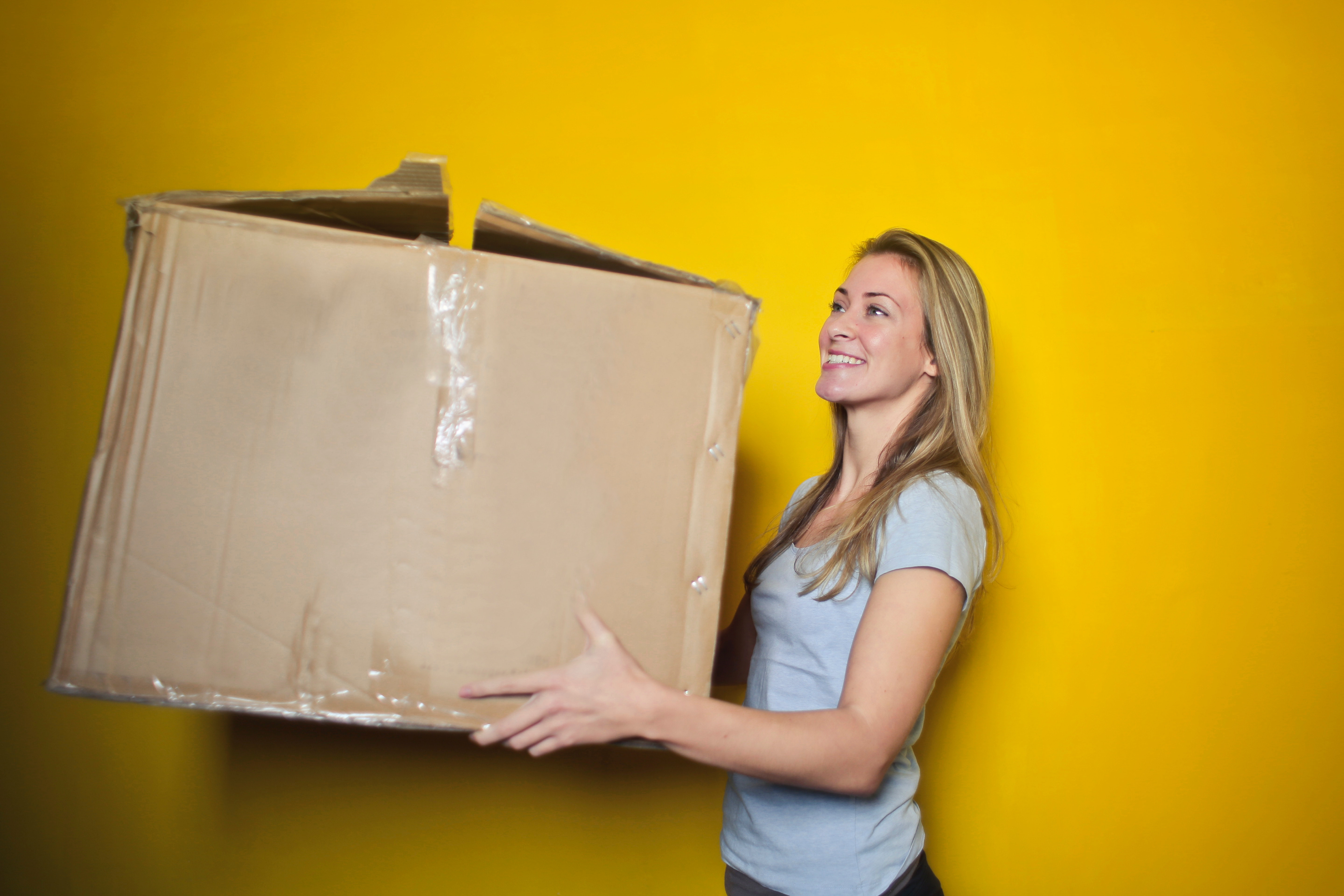 How Shipping And Fulfillment Can Make Your Customers Smile